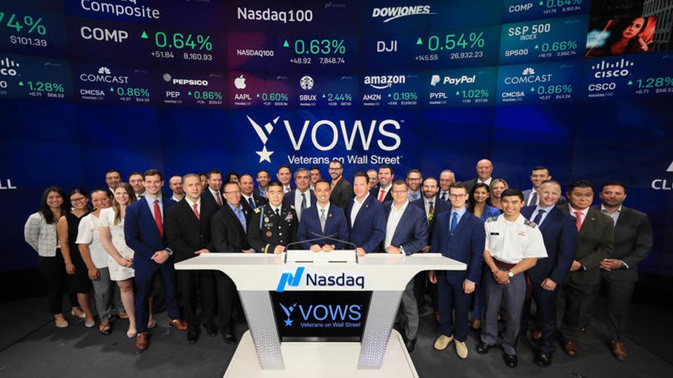 Veterans on Wall Street Closing Bell